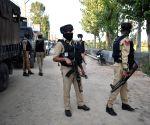 Militants flee leaving behind weapons after Srinagar gunfight
