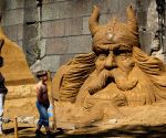 St.Petersburg: International festival of sand sculptures