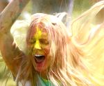 St. Petersburg: People participate in the Festival of Colors