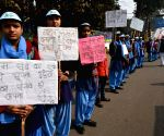 People form Human chain against dowry and child marriage