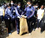 Students participate in Swachh Bharat Mission
