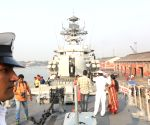 Students visit INS Kirch