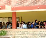 DU elections - casting of votes