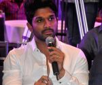Suceses meet of film Sarrainodu