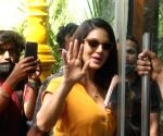 Sunny Leone with husband Daniel Weber spotted in  Juhu on Sunday 28th February 2021