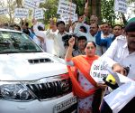 Demonstration against odd-even traffic scheme