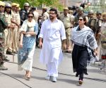 Blackbuck poaching case: Saif, Neelam, Tabu, Sonali Bendre issued notices