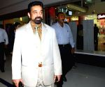 "Tamil Actor Kamal Hasan, who had come over Kolkata on Thursday 9th April 2009 to promote the hindi version of Tamil magnum opus- ""Dasavatharam- ""Dashavatar"" which releases across the country on 17th April 09."