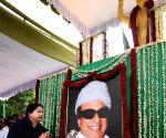 Jayalalithaa pays tribute to Thanthai Periyar, Perarignar Anna & MGR