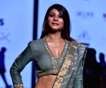 Tanishaa feels good films aren't being made in Hindi