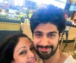 Free Photo: Tanuj Virwani says mom Rati Agnihotri is his best critic