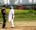 Tarn Taran: Amarinder Singh at displaced relief camps