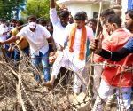 Free Photo: Tejasvi Surya removes police barricades to enter OU campus