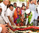 K Chandrasekhar Rao offered a 'Chaadar' at Darga