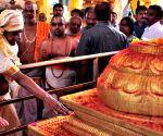 KCR at Sree Seetha Ramachandra Swamy shrine