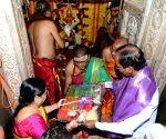 Telangana CM Chandrasekhar Rao at Maha Kali temple