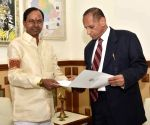 Telangana Assembly dissolved - KCR meets Governor
