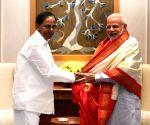 KCR meets PM Modi