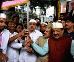 Telangana Home Minister flags off first batch of Haj pilgrims