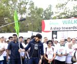 Manish Paul flags off Walkathon for Organ donation