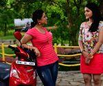 Telugu film 'Panchadara Pachi Mirchi' stills