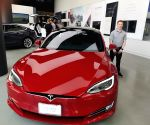 Tesla's high-end Models S, X get big price cuts