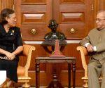 Thai Princess Maha Chakri Sirindhorn meets President Mukherjee