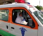 Free Photo: The country's first 'ambulance woman', serving Corona patients throughout the day despite suffering from cancer.