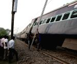 Three injured as Jhelum Express derails in Punjab