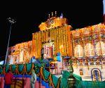 Free Photo: The doors of world famous Badrinath Dham opens, unbroken Jyoti Darshan, Mahabhishek