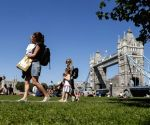 UK govt mulls delaying lockdown by another month: Sources