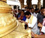 Jagan Mohan Reddy prays at Tirupati temple