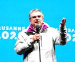 Bach to run unopposed for IOC president