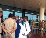Free Photo:  TMC delegation going to Sonebhadra detained at Varanasi airport