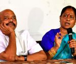 Konda Surekha's press conference