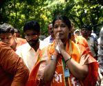 Shiv Sena expels woman who defeated Narayan Rane in bypoll