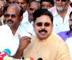 SC stays trial against Dhinakaran in FERA violation case