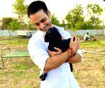 TV actor Ravi Bhatia turns vegetarian for life