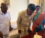 Modi, Jagan greet Chandrababu on birthday