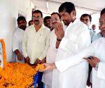 Ramvilas Paswan pays tribute to Bhola Paswan Shastri on his birth anniversary