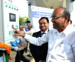 Anant Geete inaugurates e-charging infrastructure