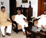 Ramvilas Paswan meets Nitish Kumar