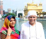 Suresh Prabhu at Golden Temple