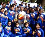 Vijay Goel meets with the winners of the 4th Roll Ball World Cup