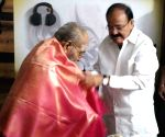 Venkaiah Naidu calls on K. Viswanth