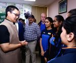 Kiren Rijiju meets Indian shooting team