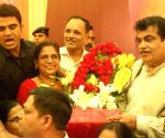Gadkari celebrates his 60th birthday