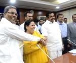 Cauvery water dispute: Uma meets Karnataka CM and TN Minister