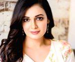 Dia Mirza becomes emotional receiving Best Actress Award for web series Kaafir