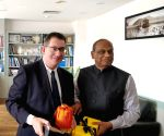 Free Photo: Indian building summit to have an Australian partner